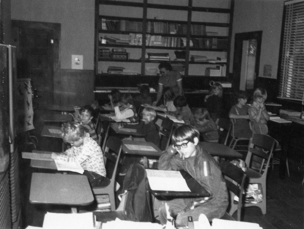 Students at the Crescent City Adventist School in 1985