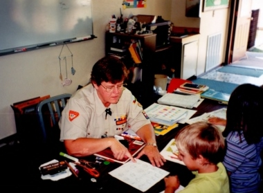 Janie Feather teaching her students in 1998